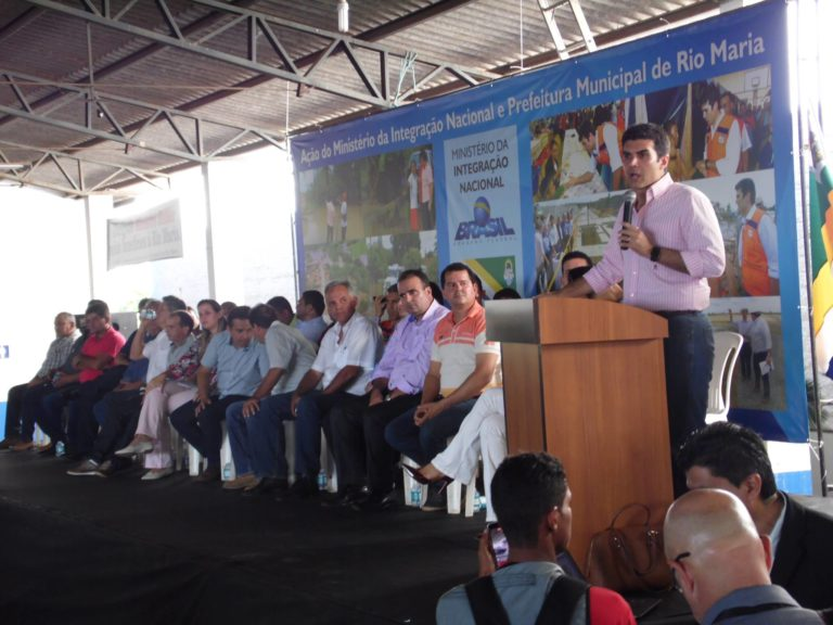 Photo of Ministro Helder libera recursos para famílias vítimas de enchente em Rio Maria