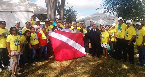 Foto de Comitiva de Xinguara composta por políticos e produtores luta pelo fim do Funrural em Brasília