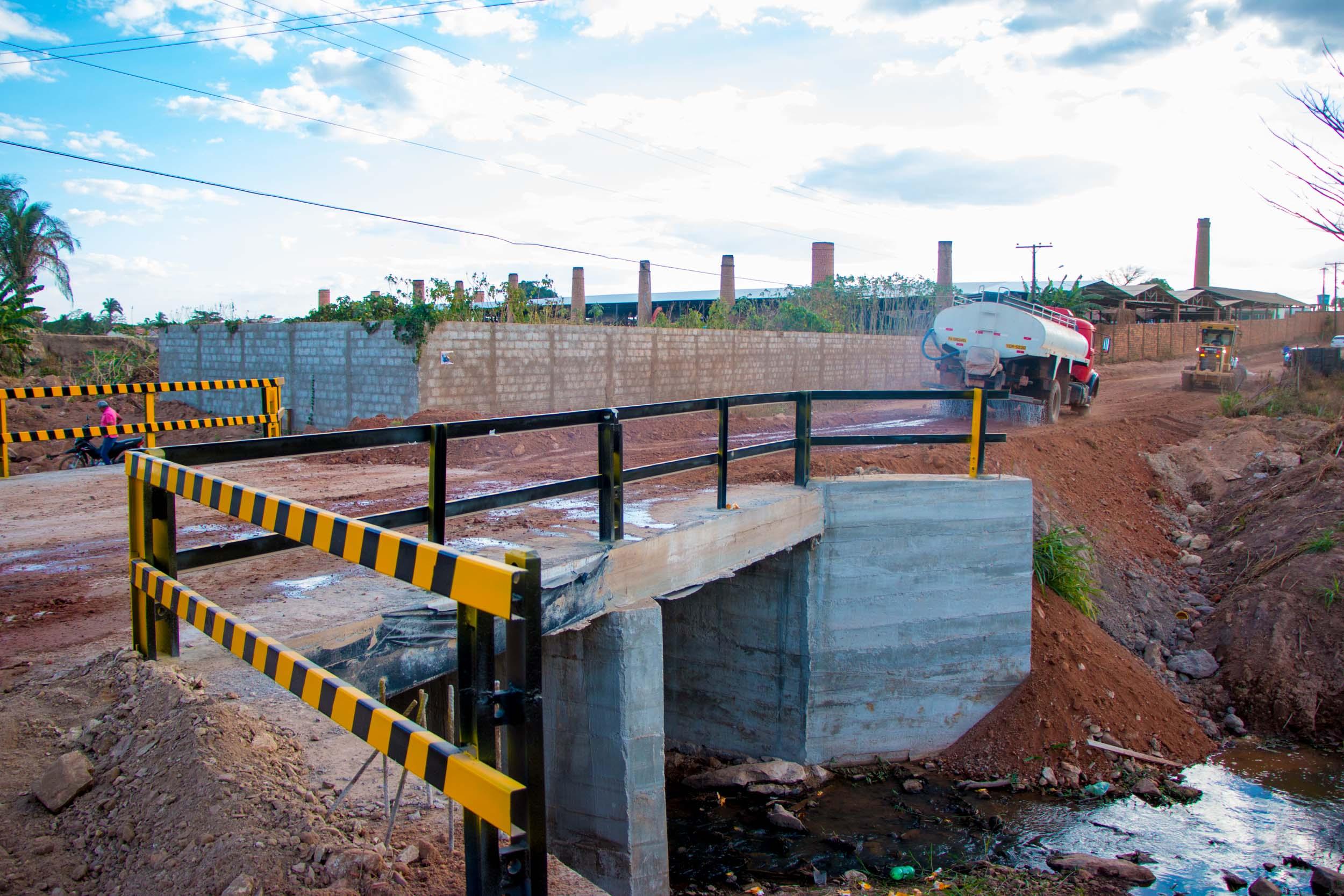 Foto de Bairro Marajoara em Xinguara recebe ponte de concreto