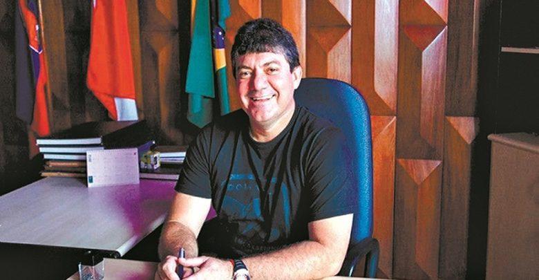 Foto de Preso ex-prefeito acusado de envolvimento em esquema de corrupção