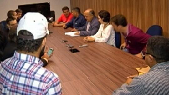 Foto de Garimpeiros se reúnem com representantes do Ibama e MPF no Pará