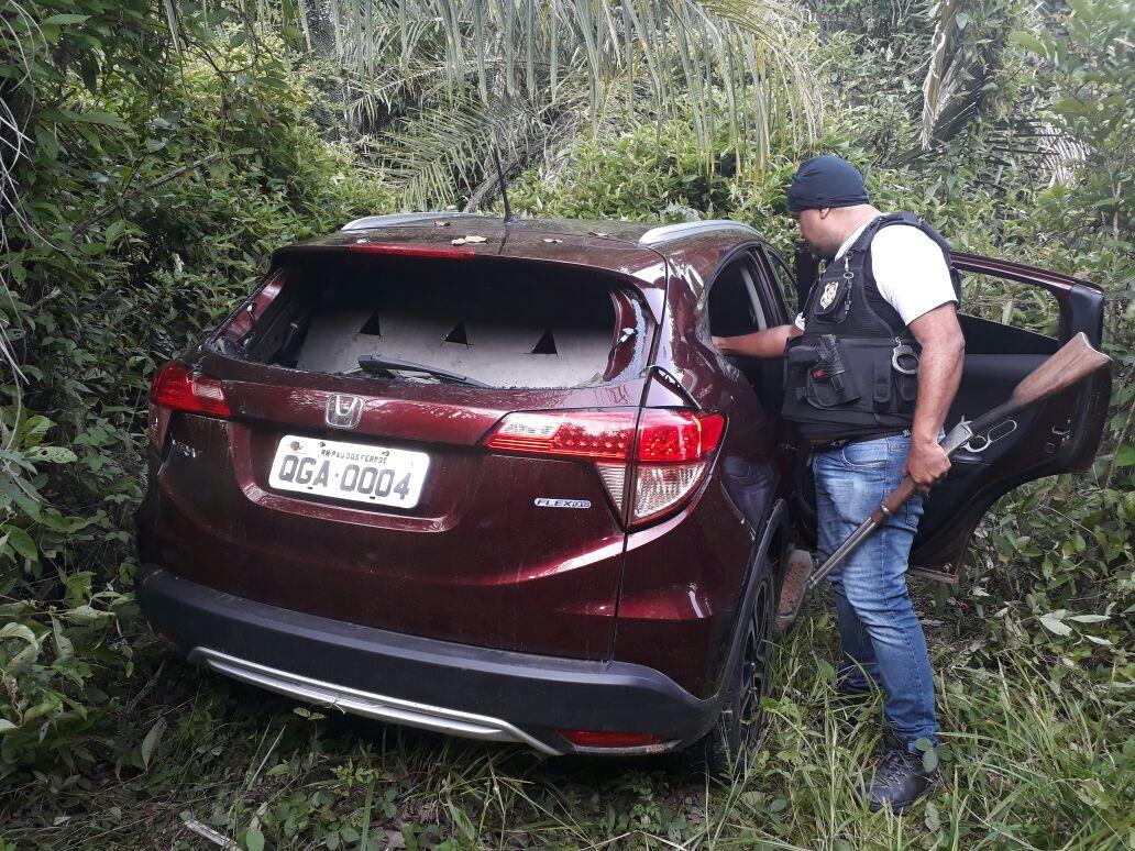 Foto de Carro usado no assalto ao carro-forte na PA 279, foi encontrado pela Polícia