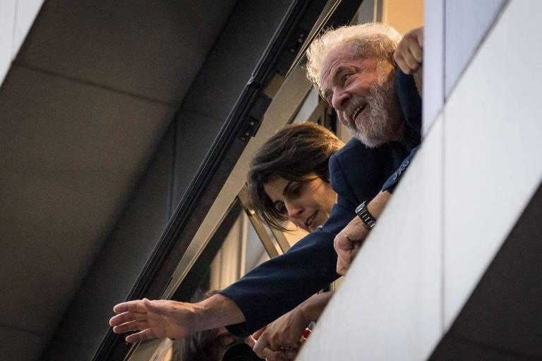 Photo of Advogados de Lula costuram acordo para que ele seja preso neste sábado