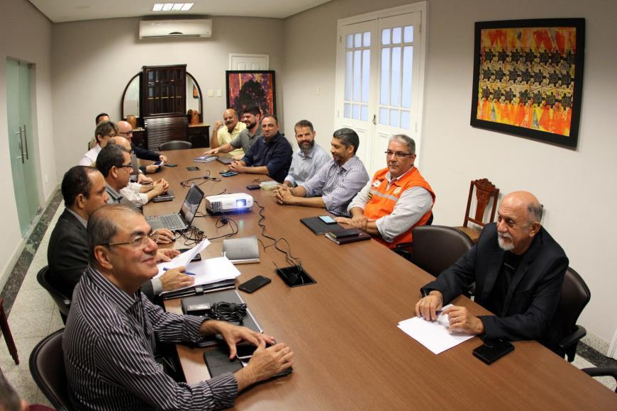 Photo of Estado monitora abastecimento de serviços essenciais para a população