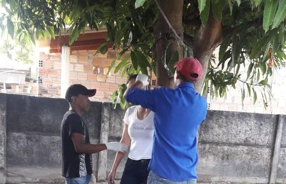 Foto de Mulher foi encontra morta pendurada em uma mangueira no Pará