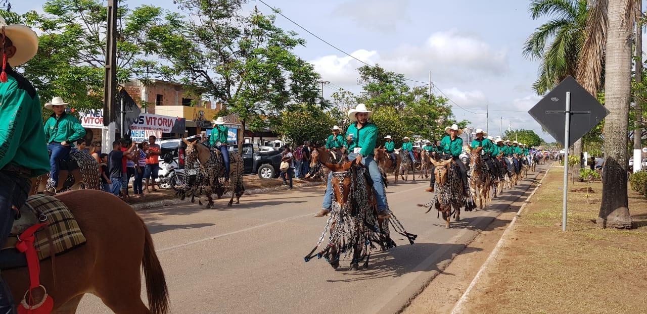 Foto de Cavalgada e shows abrem a 32ª Exposição Agropecuária de Marabá