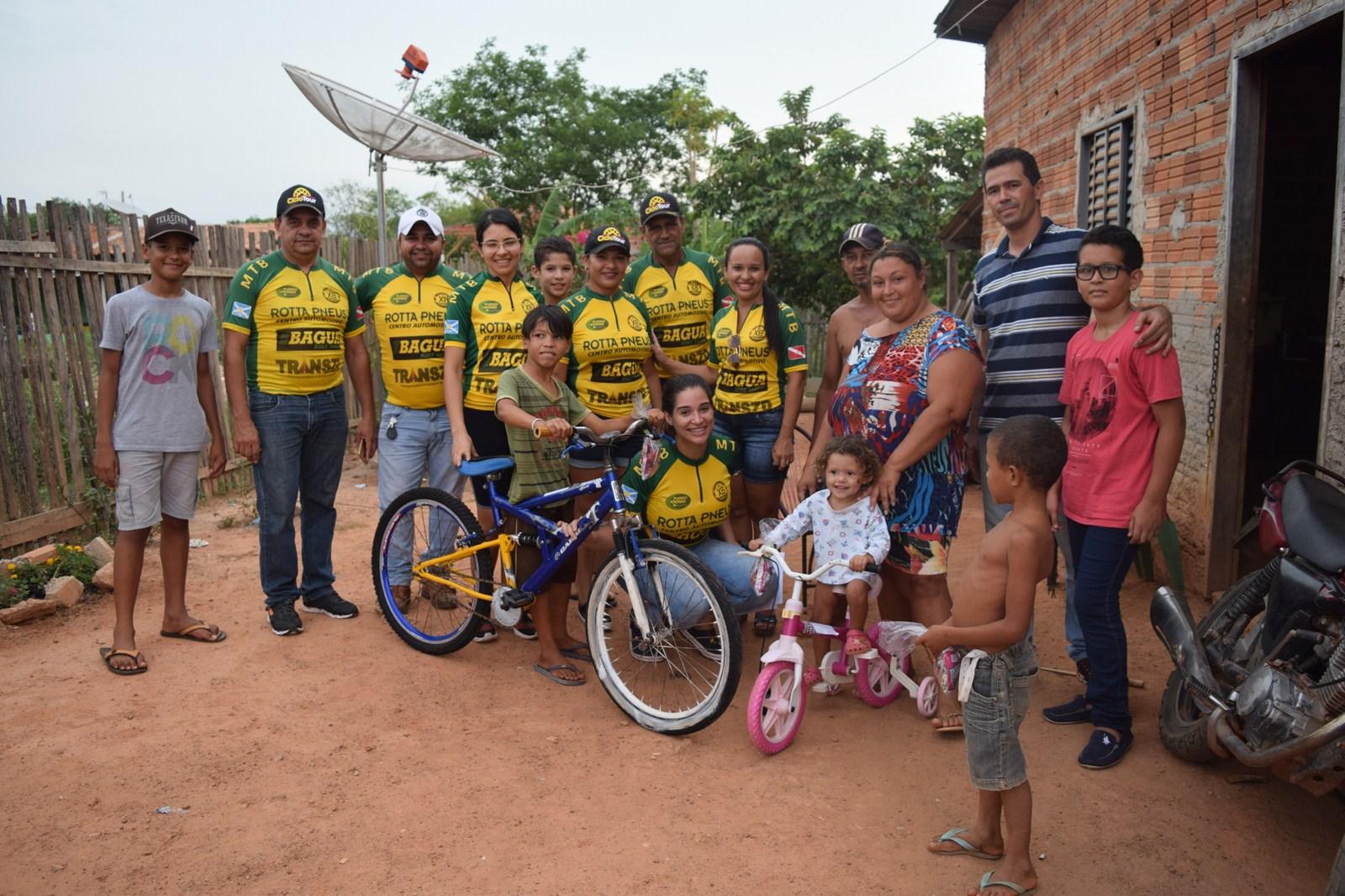 Foto de XinBikers entrega bicicletas para crianças carentes de Xinguara