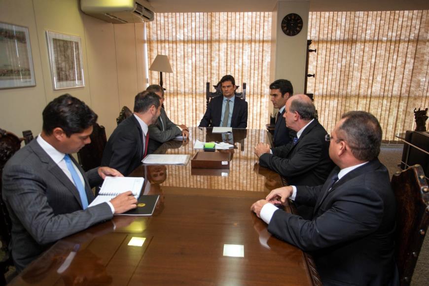 Foto de Governador reforça pessoalmente a Sérgio Moro pedido da Força Nacional