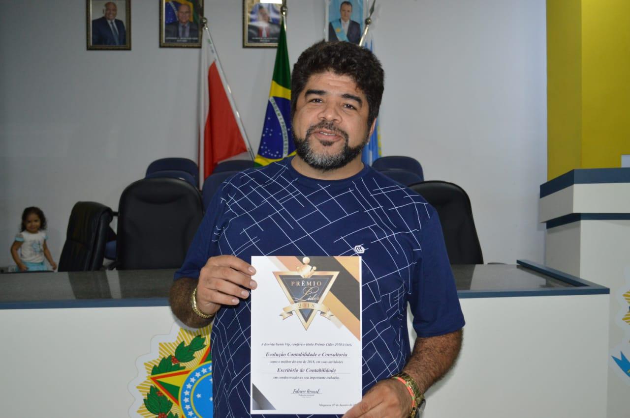 Photo of Empresários e Empresas são homenageados em Xinguara com o prêmio Líder da Revista Gente Vip