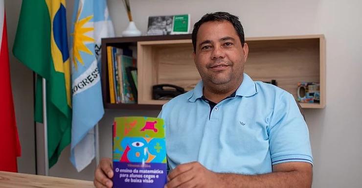 Foto de Xinguara, comunidade continua a pôr em xeque a credibilidade do secretário de Educação