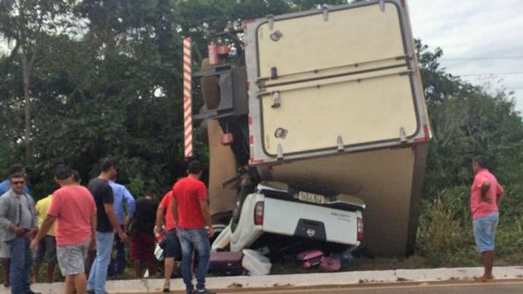 Foto de BR-155: Acidente trágico deixa mulher e criança mortas e três feridos