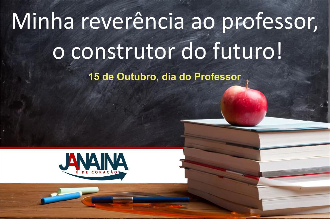 Foto de Janaína Pereira, secretária de saúde do município de Xinguara, parabeniza os professores e professoras pelo seu dia