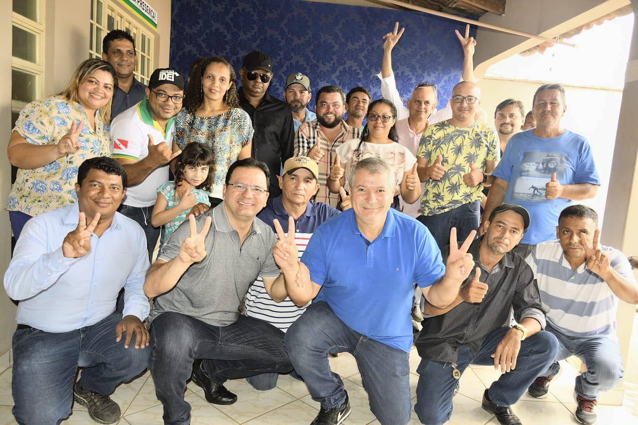 Foto de Momento politico com a presença do deputado Júnior Ferrari reforça apoio ao emedebista Amarildo