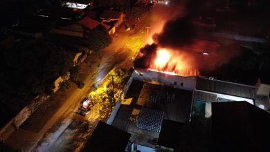Foto de Xinguara: Deposito de gás pega fogo e sem Corpo de Bombeiro, Polícia Militar e População evita o que seria uma tragédia